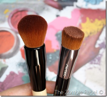 Bobbi Brown Full coverage face brush (5)