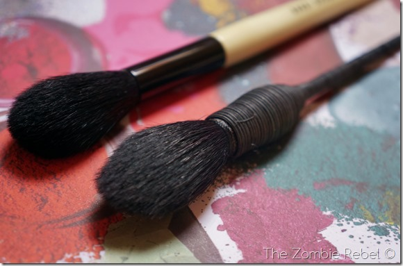 Bobbi Brown Sheer Powder brush (19)