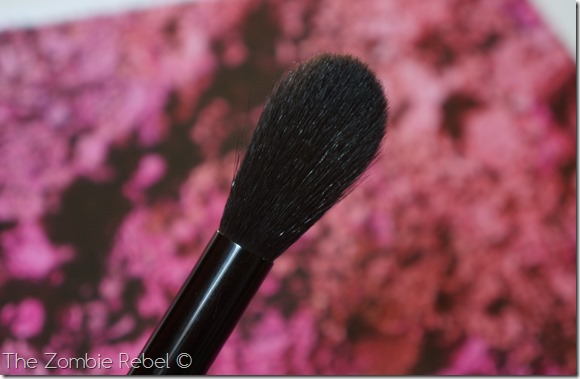 Bobbi Brown Sheer Powder brush (26)