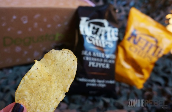 The-Zombie-Rebel-Zombie&Foodie-Degustabox-Diciembre-2013-Kettle-chips