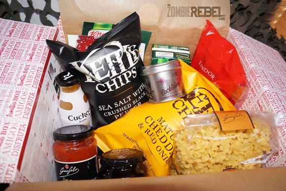 The-Zombie-Rebel-Zombie&Foodie-Degustabox-Diciembre-2013