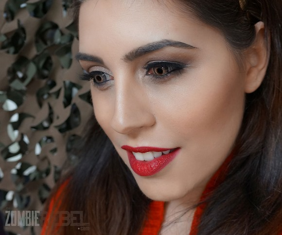 Sexy-Valentine-Red-Lips-MUFE-The-Zombie-Rebel4