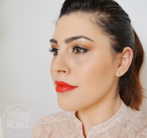 Ellis-Faas-Hot-Lips-Review-Swatches-Look2The-Zombie-Rebel