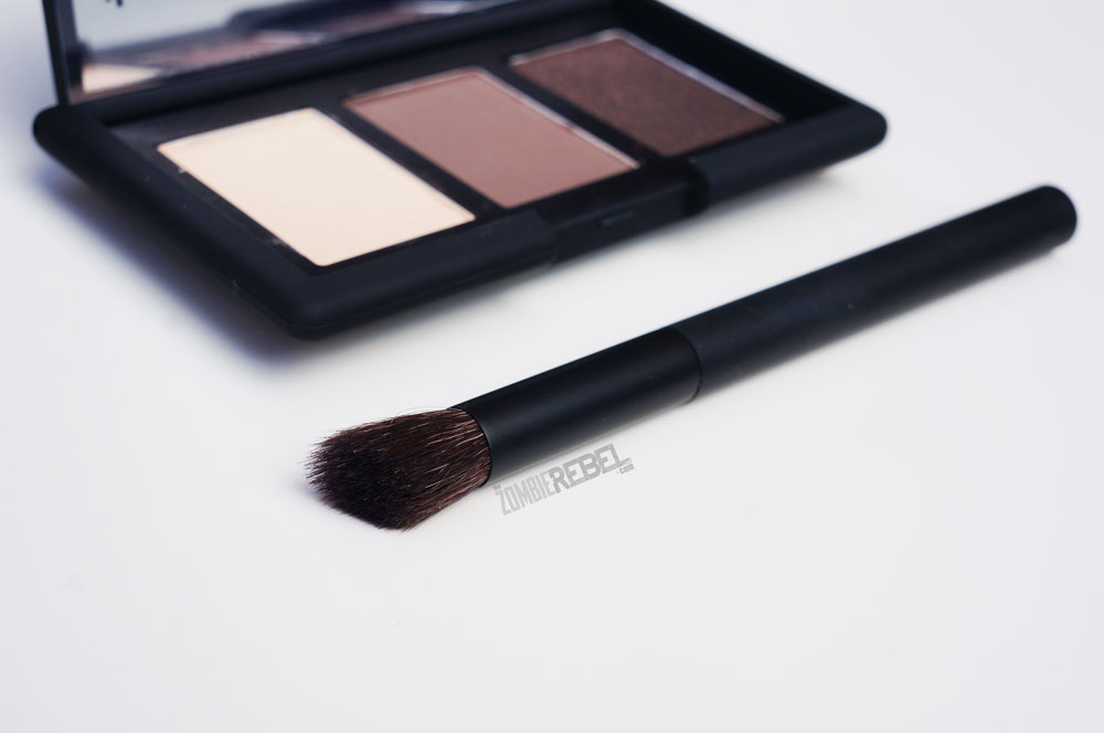 NARS-NARSissist-Smokey-Eye-Kit5-TheZombieRebel