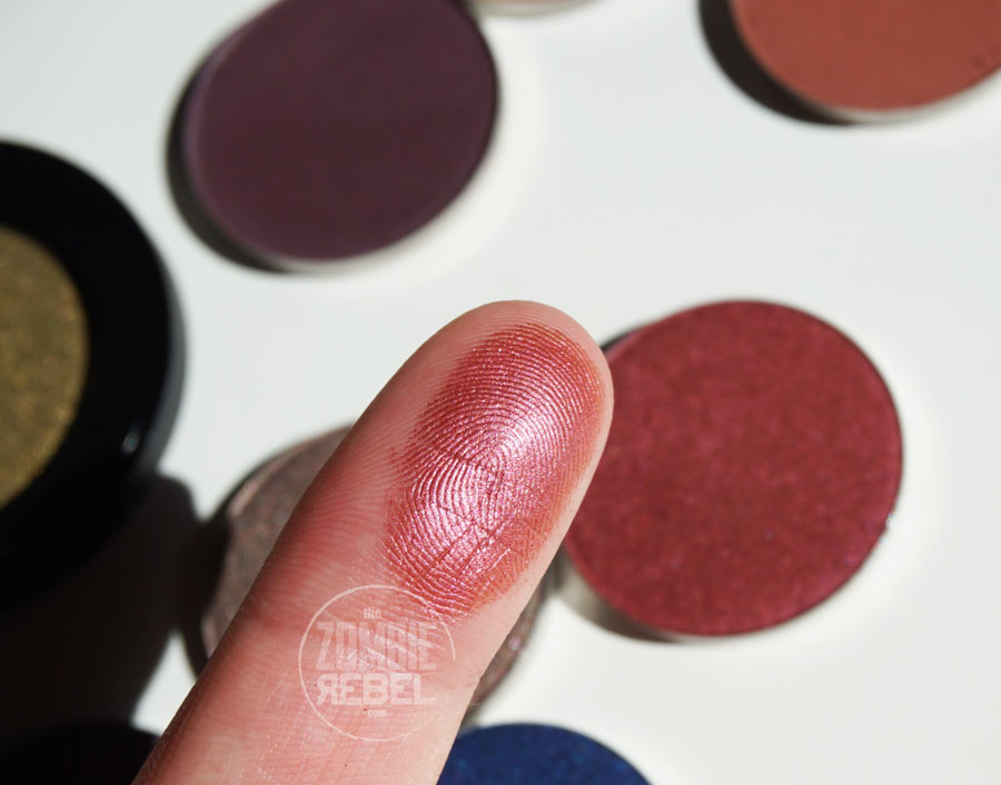 NABLA-Grenadine-swatches-TheZombieRebel